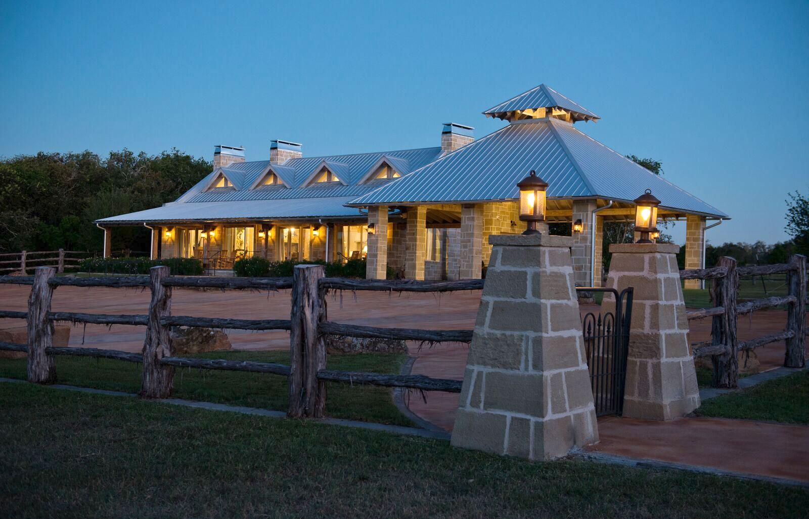 Southwest Showcase - Southwest Log Homes